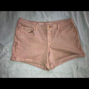 Women's light mid-rise pink jean shorts size 12